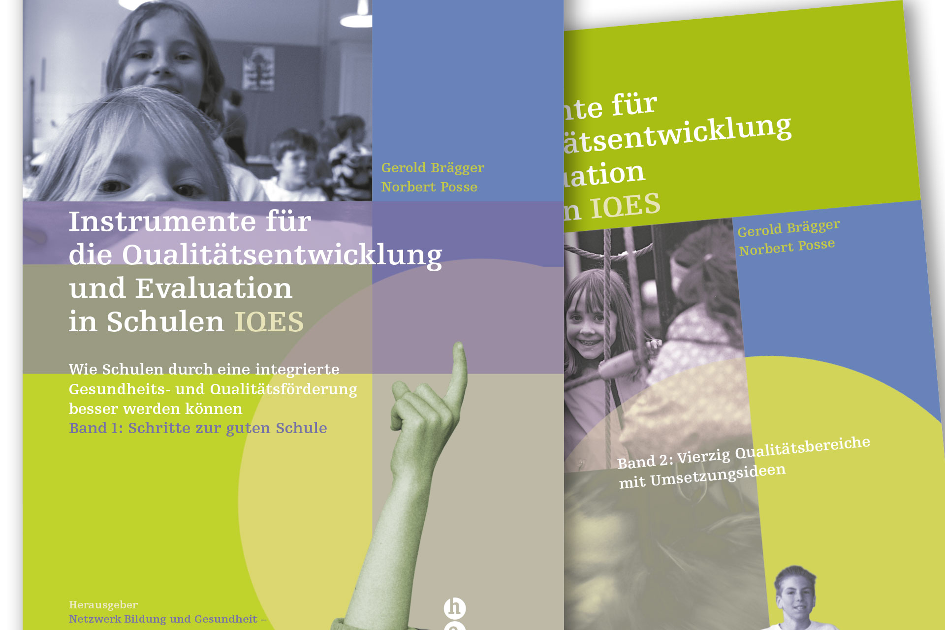 Coverbilder des Handbuchs Instrumente für die Qualitätsentwicklung und Evaluation in Schulen (IQES) Band 1+2
