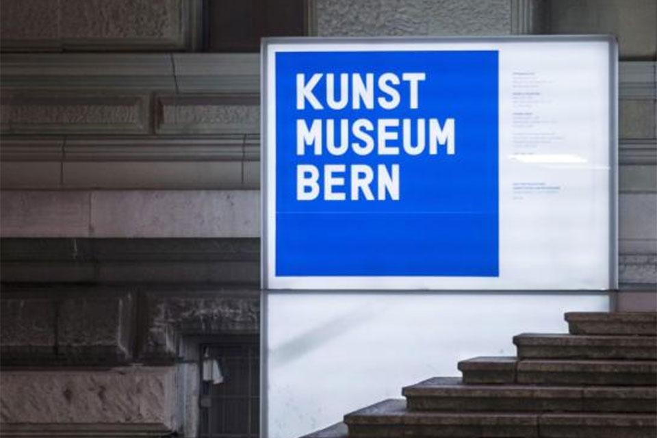Eingang zum Kunstmuseum Bern